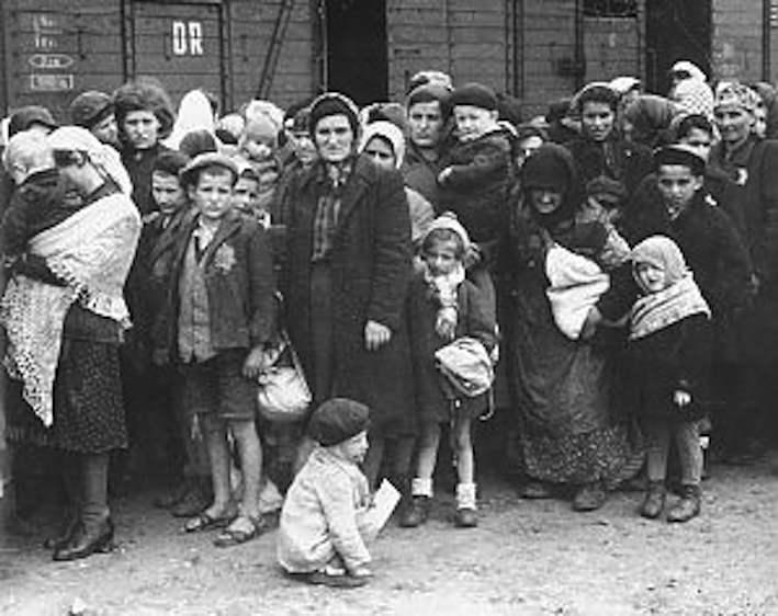 Deportazione di ebrei romani.