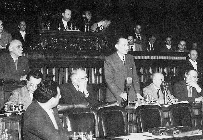 De Gasperi presenta il suo governo alla Consulta.