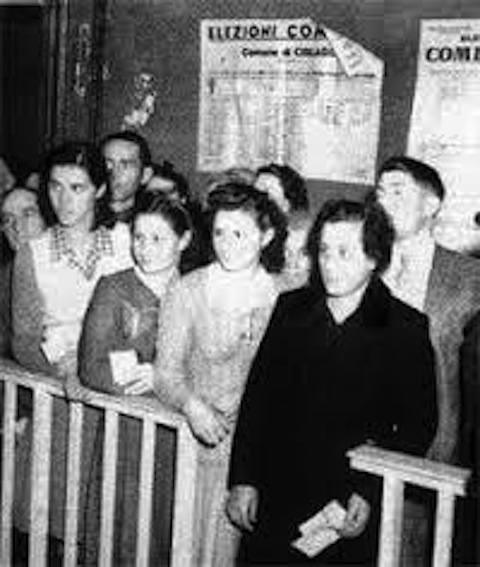 Donne al voto amministrativo del marzo '47.