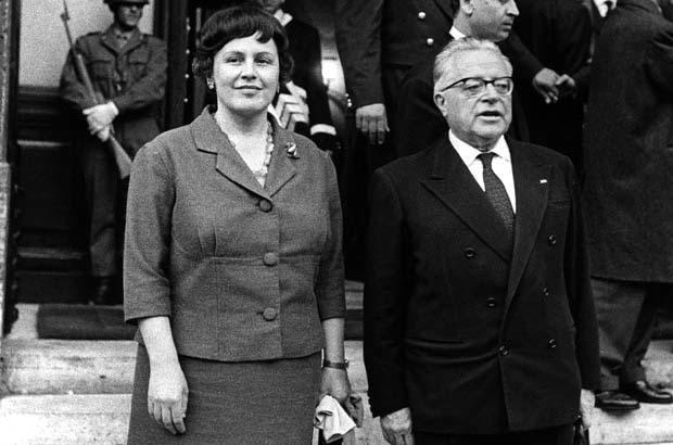 Palmiro Togliatti con Nilde Iotti nel 1950.
