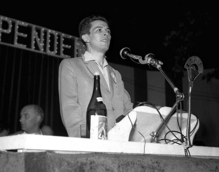 Enrico Berlinguer nel 1952.