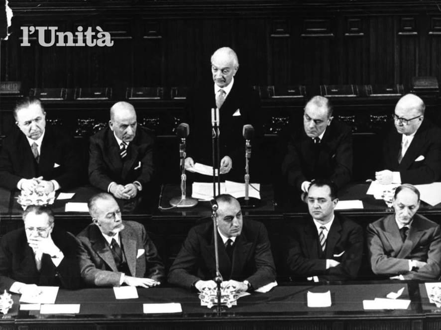 Antonio Segni presenta il suo governo in Parlamento.