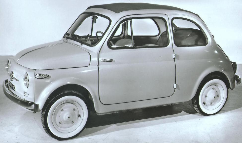 La nuova Fiat 500, utilitaria destinata a grande fortuna.