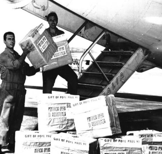 Pacchi di farina americana destinati alla POA.