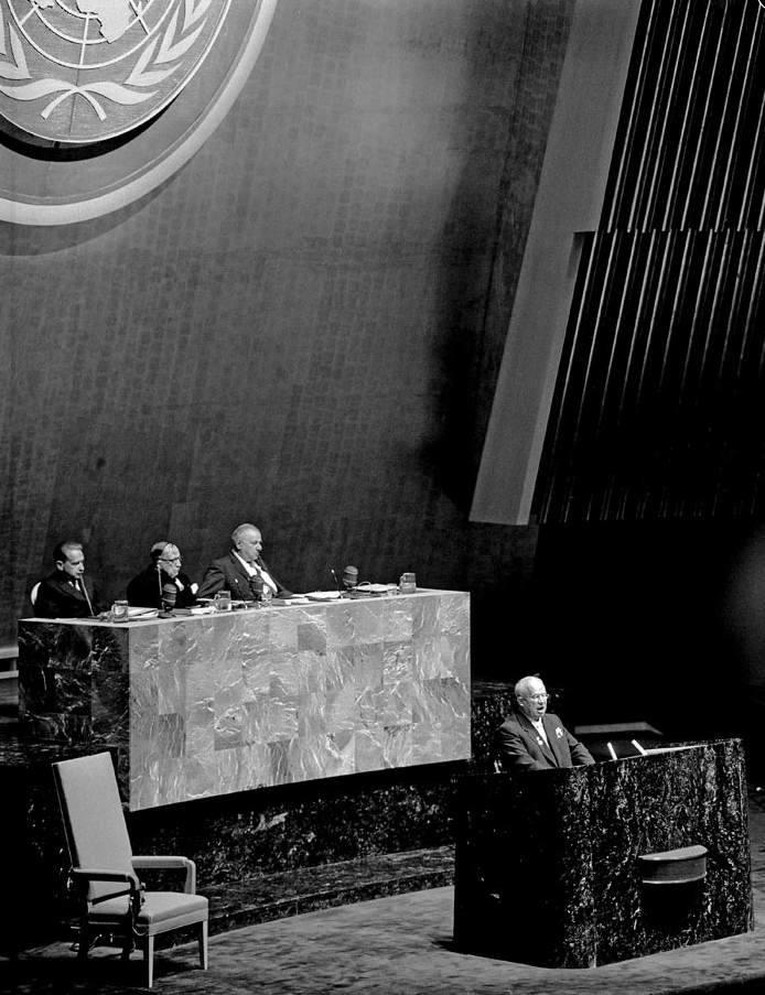 Kruscev interviene all'assemblea delle Nazioni Unite.