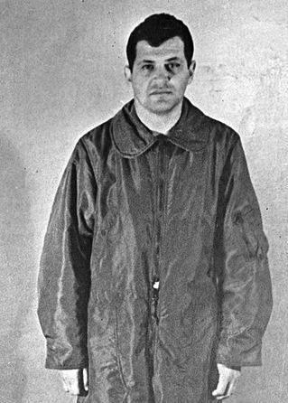 Gary Powers, pilota dell'aereo abbattuto, fatto prigioniero dai sovietici.