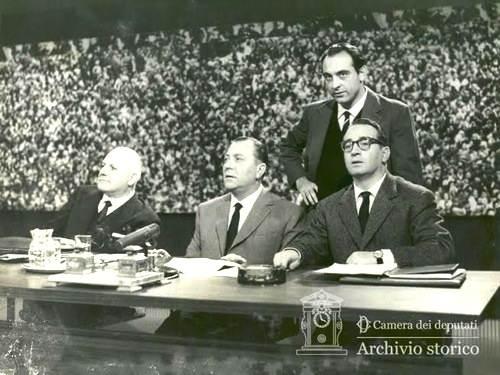 Alfredo Covelli a Tribuna elettorale.
