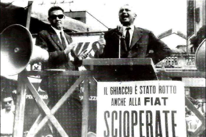 Comizio sindacale davanti alla Fiat (a sinistra si vede Bruno Trentin).