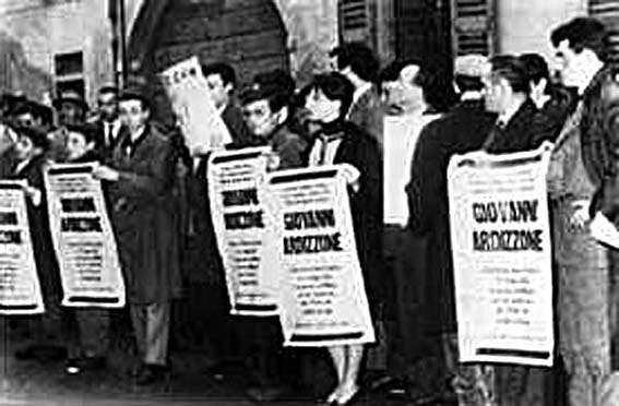 Manifestazione di protesta per la morte di Ardizzone.