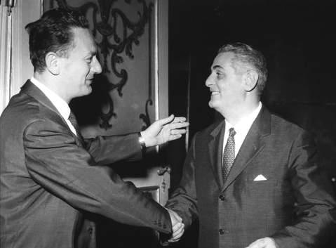 Bucciarelli Ducci riceve le congratulazioni di Zaccagnini per la sua elezione alla Presidenza delle Camera.
