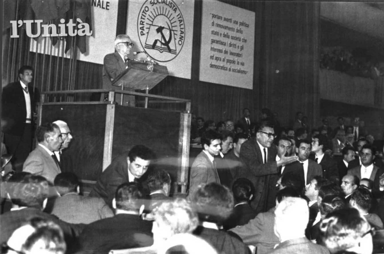 La relazione di Nenni al congresso del PSI.