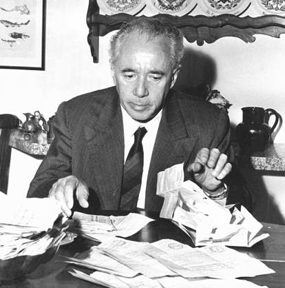 Giulio Natta, premio Nobel per la chimica nel 1963.