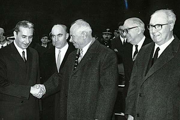 Podgornyj (al centro) in visita in Italia con Moro e Saragat.