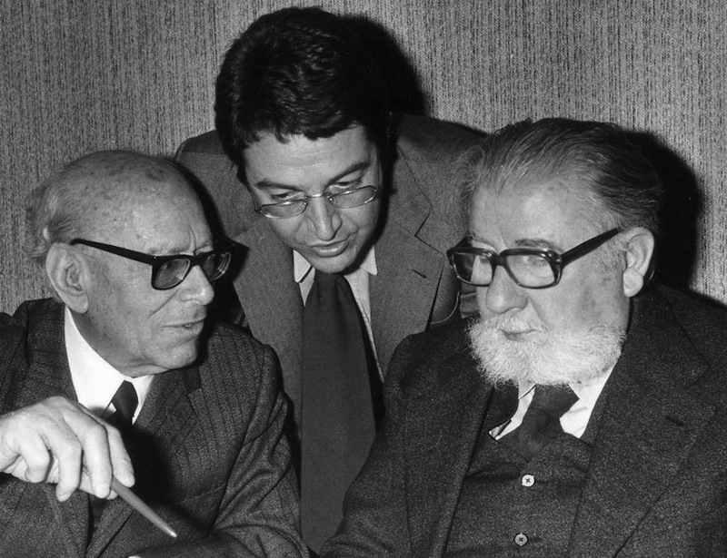 Aldo Bozzi (a destra) insieme a Umberto Terracini (a sinistra). Il 12 ottobre 1983 Bozzi viene designato come Presidente della Commissione parlamentare per le riforme istituzionali.