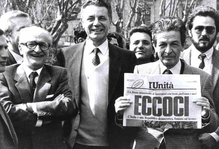 Berlinguer alla manifestazione di Roma contro il decreto Craxi sulla scala mobile.