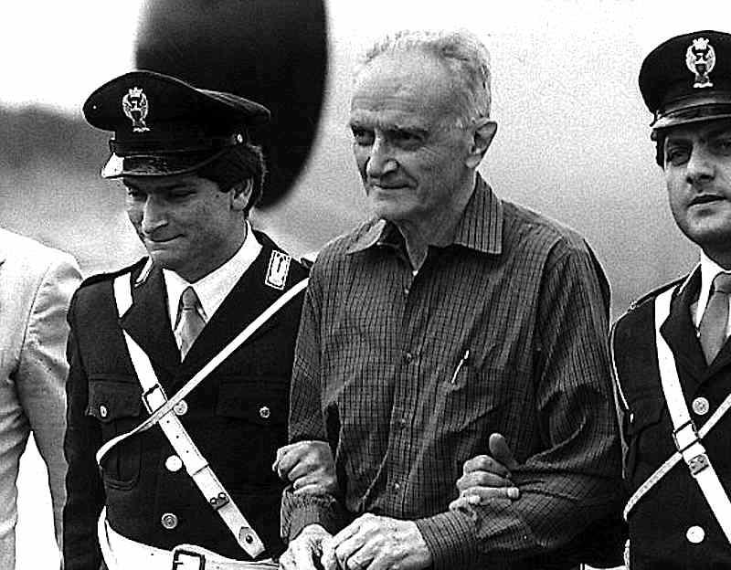 Michele Sindona arriva in Italia 25 settembre 1984 dopo l'estradizione dagli Stati Uniti.