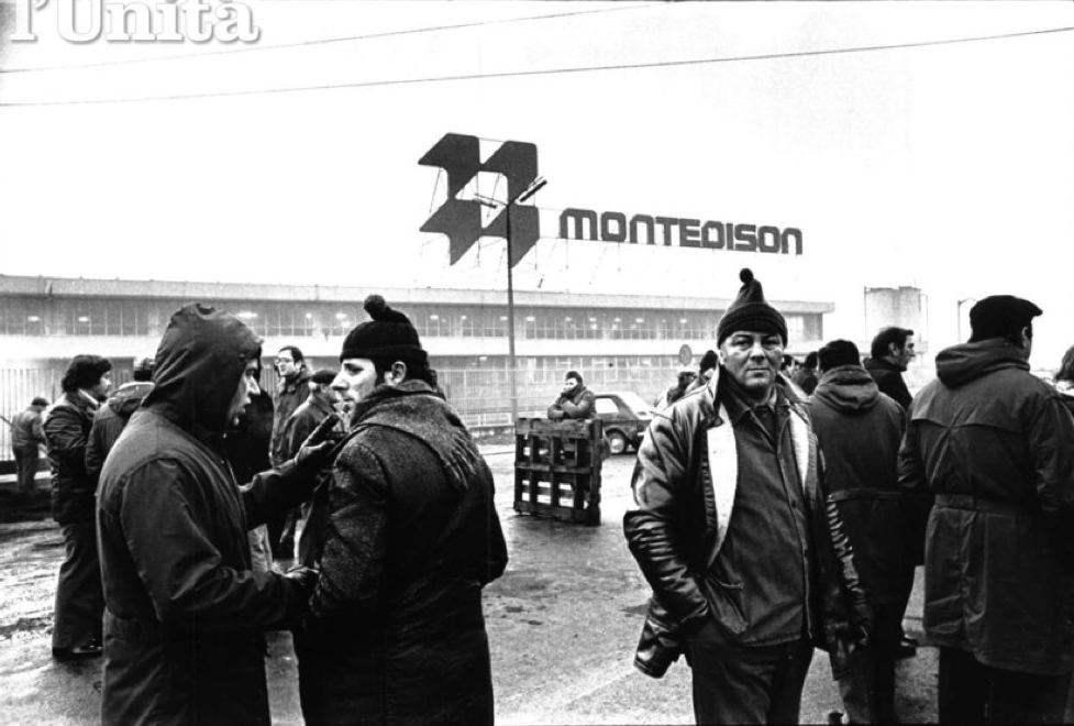 Lavoratori Montedison di Porto Marghera in sciopero.