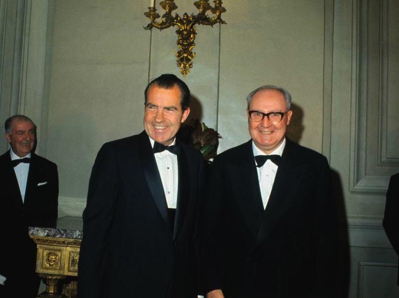 Richard Nixon ricevuto al Quirinale dal Presidente Saragat.