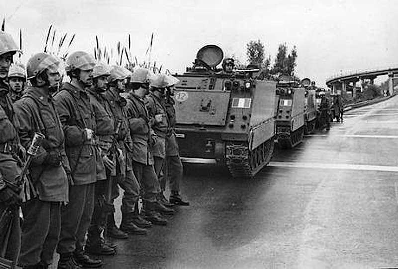 Le Forze armate schierate a Reggio Calabria durante la rivolta.