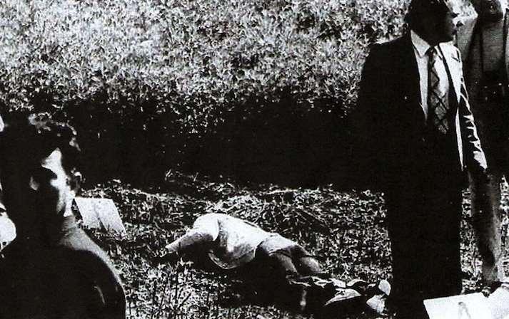 Il corpo della brigatista Mara Cagol, morta nello scontro a fuoco durante la liberazione di Vallarino Gancia.