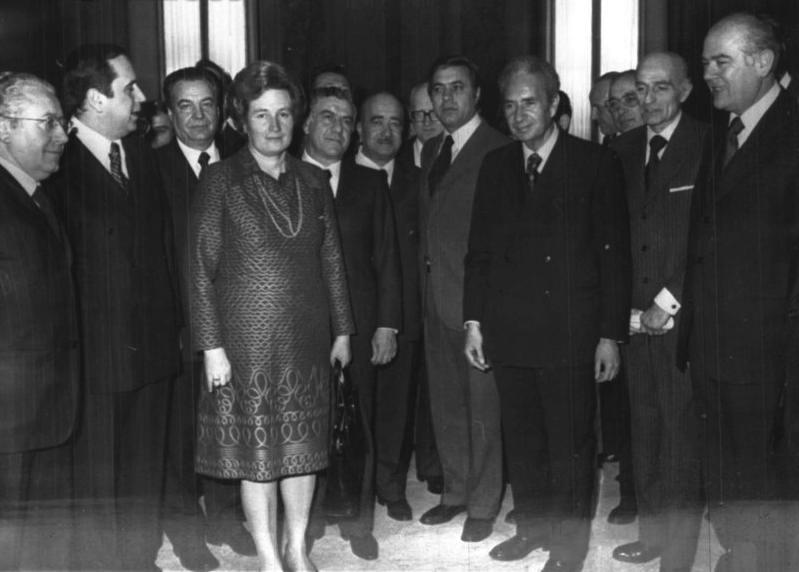 Foto di gruppo del V governo Moro.