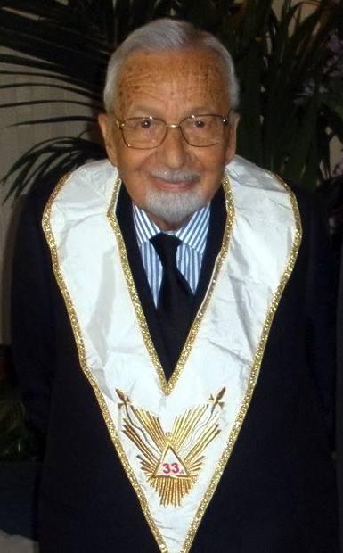 Licio Gelli, maestro della loggia massonica P2, al centro di trame eversive.