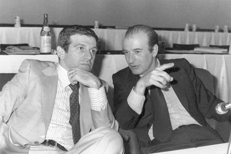 Giorgio Benvenuto (a sinistra), nuovo segretario della Uil, con Raffaele Vanni suo predecessore.