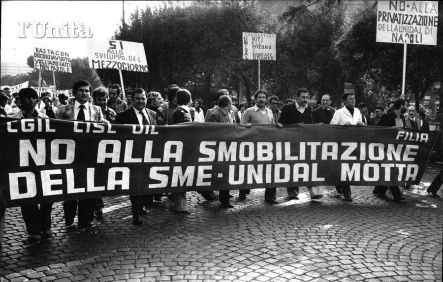 I lavoratori della Unidal con la loro lotta bloccano 2800 licenziamenti.