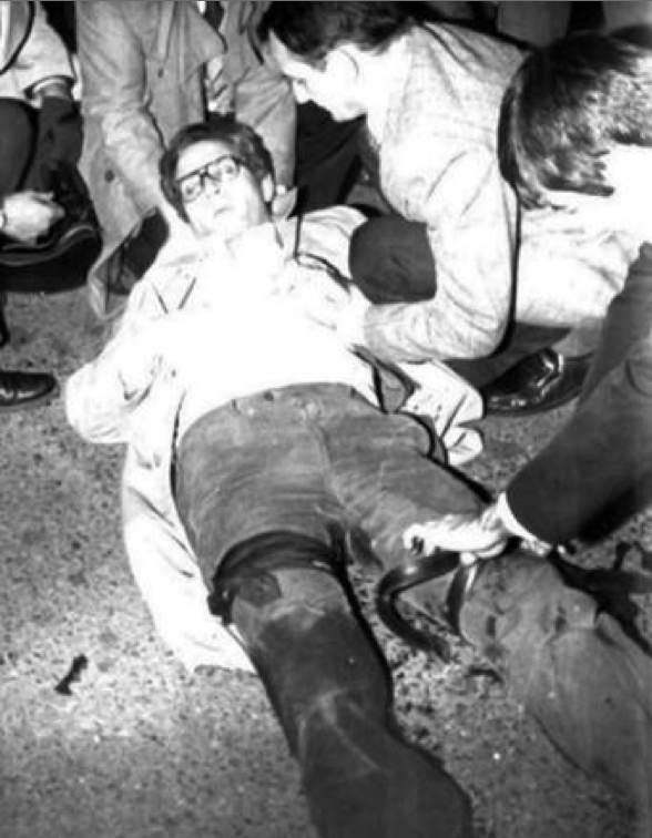 Carlo Castellano, dirigente dell'Ansaldo di Genova, ferito dalla Brigate rosse il 17 novembre 1977.