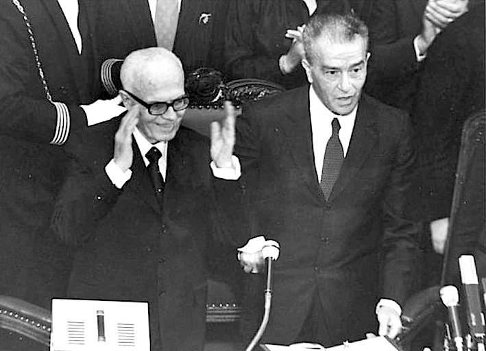Pertini salutato dal Parlamento dopo la sua elezione a Presidente della Repubblica.