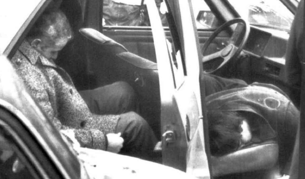 Gli agenti di Pubblica sicurezza Santoro, Cestari e Tantulli uccisi a Milano dalle Brigate rosse l'8 gennaio 1980.