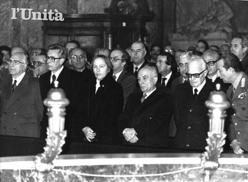Le massime autorità dello Stato presenziano ai funerali per il gen. Galvaligi ucciso dalle Brigate rosse il 31 dicembre 1980.