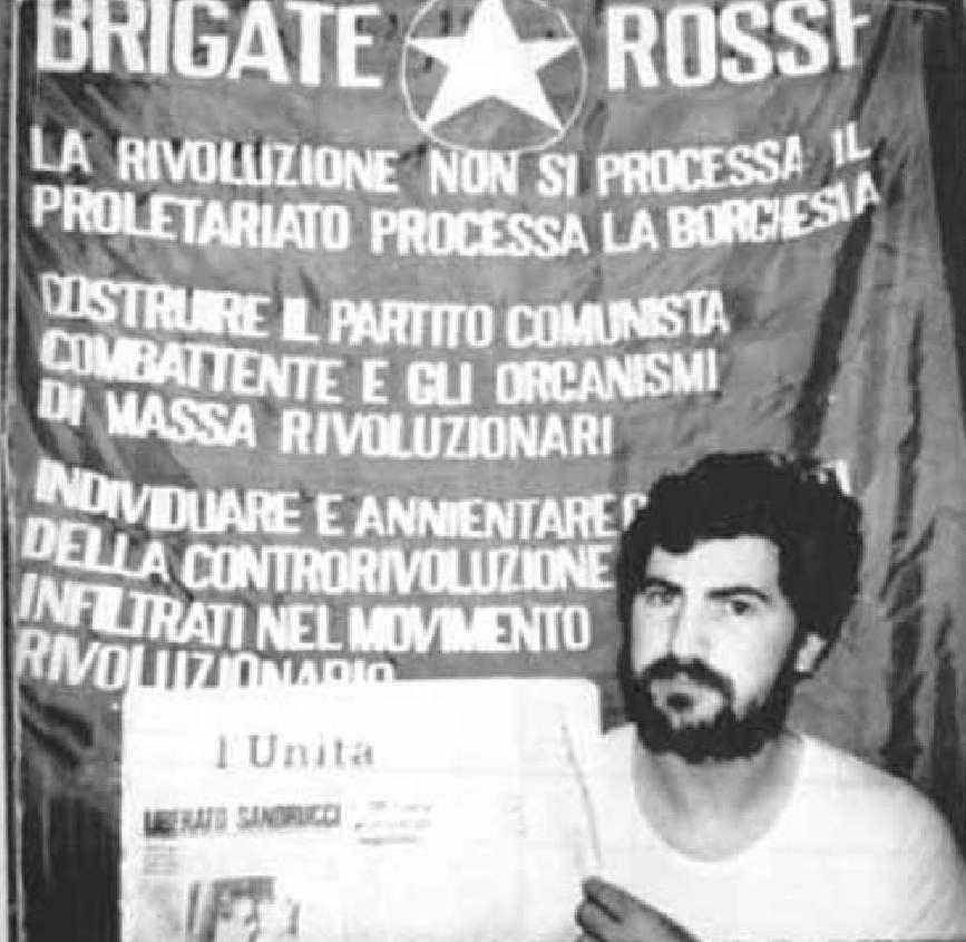 Il 10 giugno 1981 le Brigate rosse sequestrano Roberto Peci, fratello di Patrizio, primo brigatista pentito.