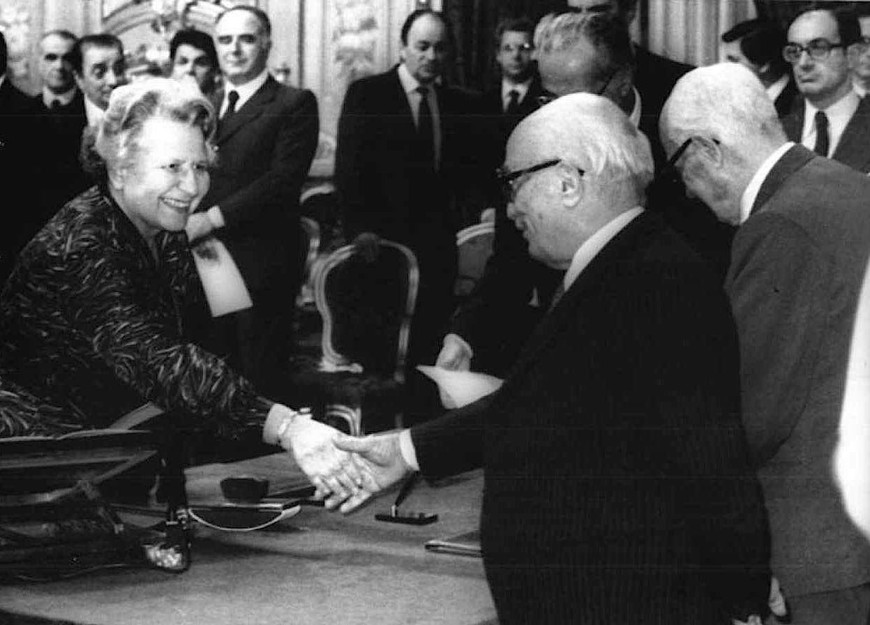 Il giuramento dei ministri del V governo Fanfani il 10 dicembre 1982.