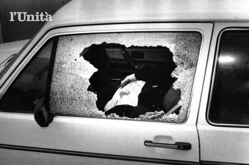 Il corpo del giudice Ciaccio Montalto ucciso dalla mafia il 25 gennaio 1983 a Trapani.