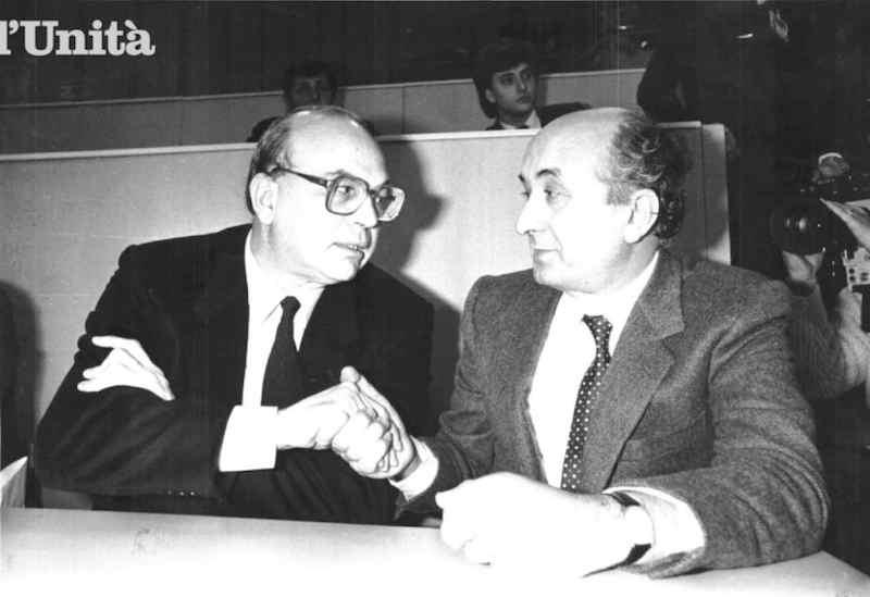 Bettino Craxi e Ciriaco De Mita, in aspra polemica nel maggio 1983.