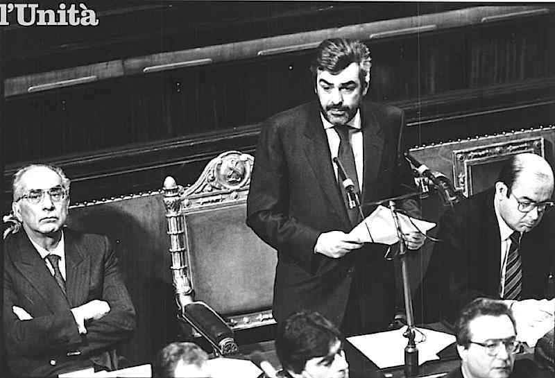 Giovanni Goria presenta il suo governo alle Camere.