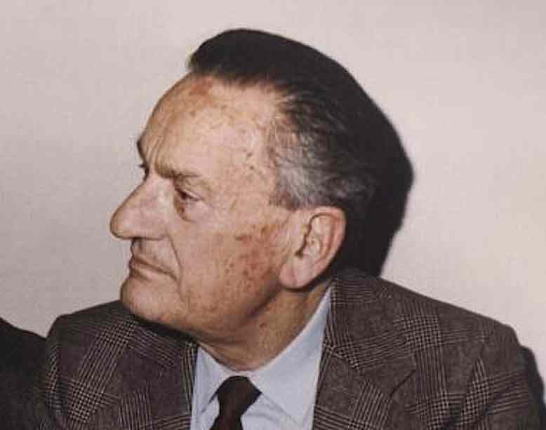 A ravenna il 5 novembre 1989 muore Benigno Zaccagnini ex segretario della Dc.