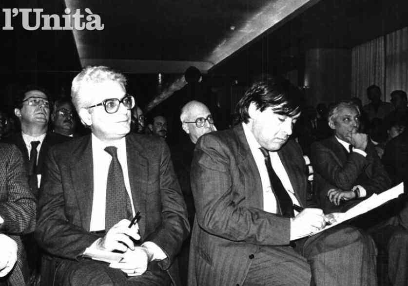 A destra il sindaco antimafia di Palermo Leoluca Orlando, con il ministro Dc Sergio Mattarella che lo difese nel gennaio 1990 dall'attacco dei notabili Dc siciliani.