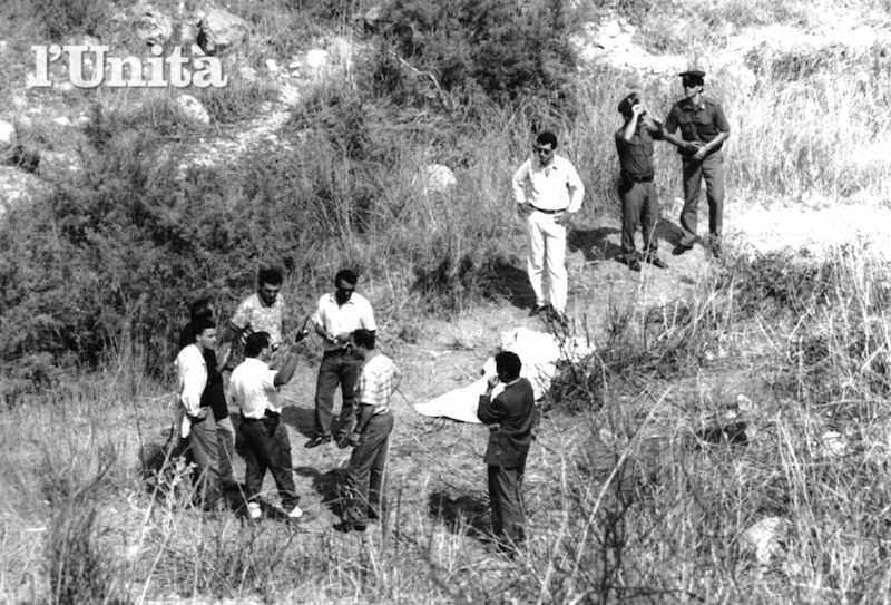 Il corpo del giudice Rosario Livatino ucciso dalla mafia il 21 settembre 1990 nei dintorni di Agrigento.