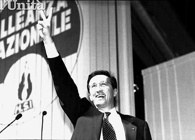 Gianfranco Fini il 6 luglio 1991 torna alla segreteria del Msi-An.