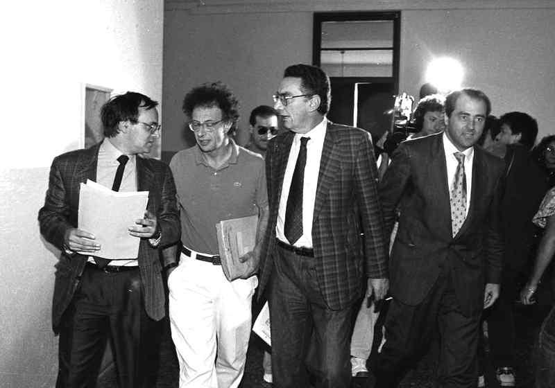 """I magistrati del pool """"mani pulite"""": da sinistra Piercamillo Davigo, Gherardo Colombo, Gerardo D'Ambrosio e Antonio Di Pietro."""