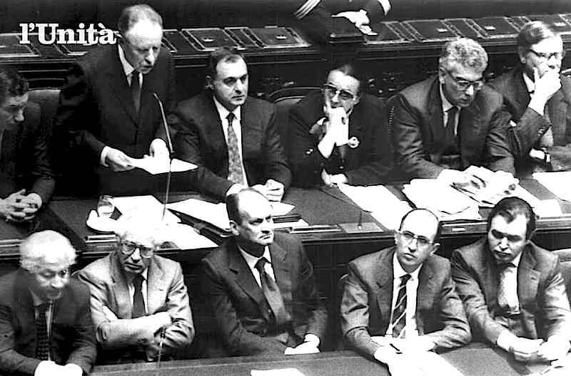 Ciampi presenta il suo governo al Parlamento il 6 maggio 1993.
