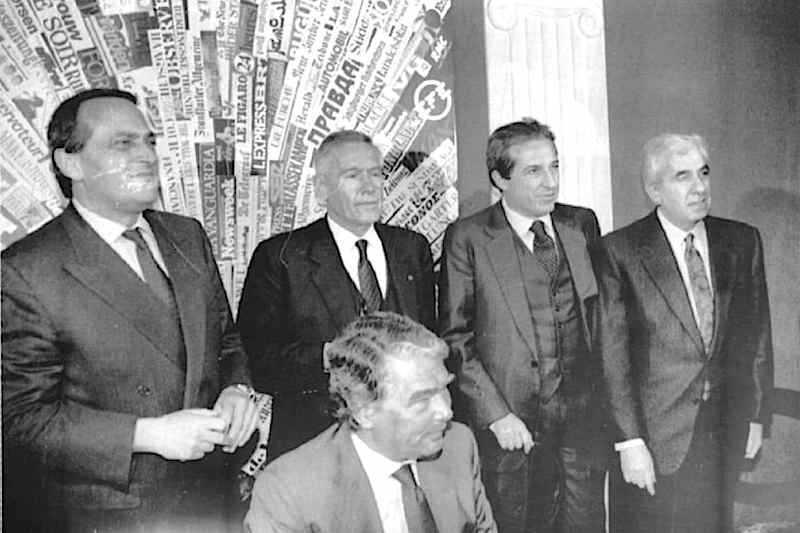Il 3 luglio 1993 il governo e i vertici di Confindustria e sindacati confederali siglano l'accordo su contrattazione e limiti agli aumenti salariali.