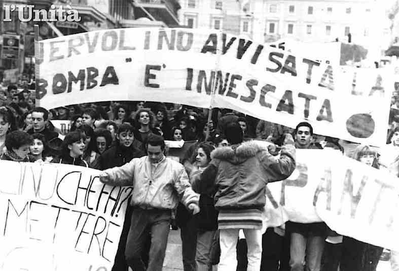 Manifestazione studentesca del dicembre 1993 contro la riforma Jervolino