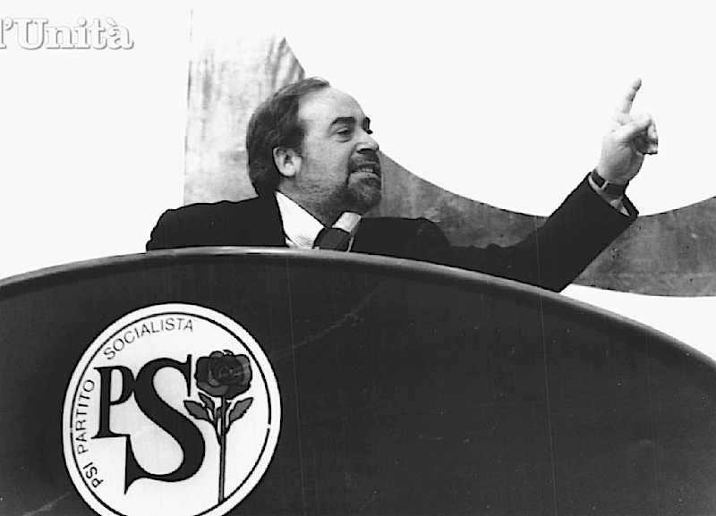 Ottaviano Del Turco segretario del Nuovo Psi, nato nell'Assemblea nazionale del 28 gennaio 1994.